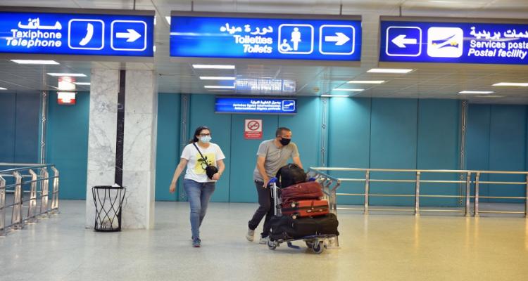 إلغاء إجبارية الإستظهار بتحليل بي سي ار للوافدين على تونس بالنسبة لهؤلاء