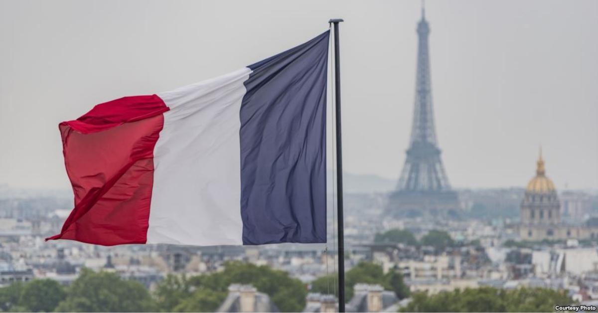 فرنسا: تونس في القائمة الحمراء .. ودخول الغير ملقحين الا لأسباب مستعجلة